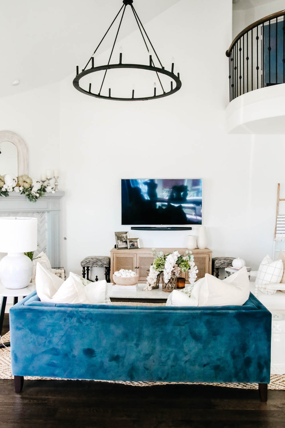 Navy blue sofa, tv wall, fall decorating ideas. #ABlissfulNest #falldecor #livingroom