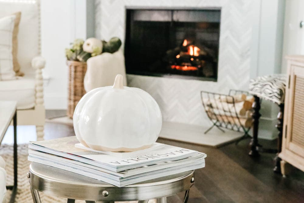 Glass pumpkin, fall decorating ideas, fall home tour. #ABlissfulNest #fallhometour