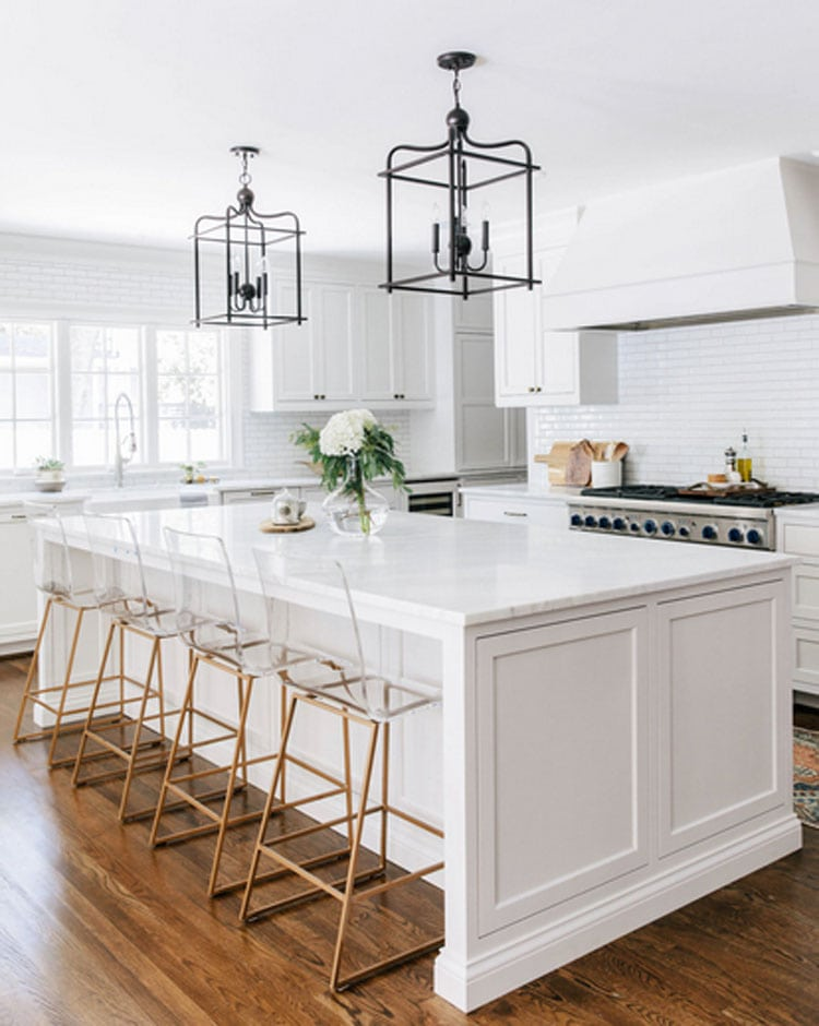 This stunning kitchen by Dominique Delaney is a dream!