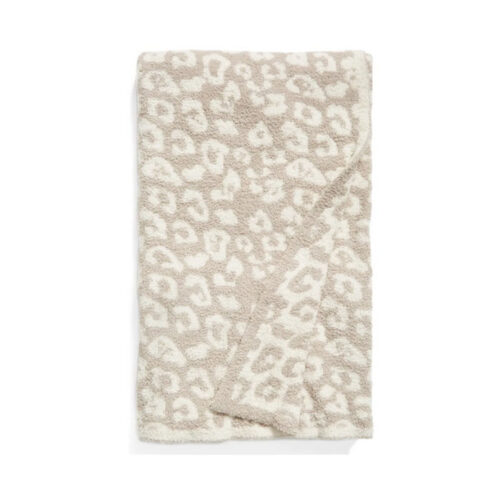 Barefoot Dreams throw blankets are such great gift ideas! #ABlissfulNest