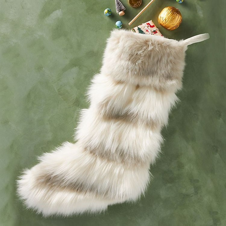 This faux fur stocking is so beautiful! It's something so different but still so neutral. #ABlissfulNest