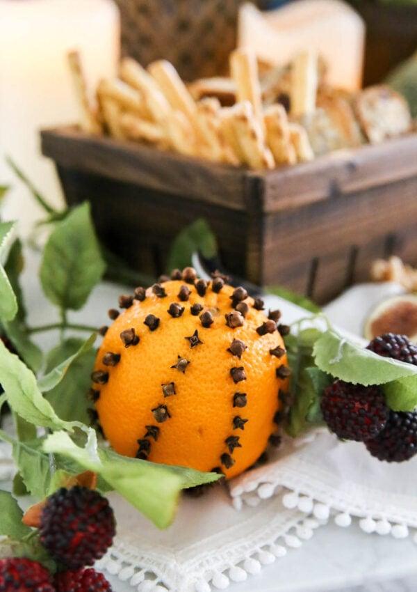 How to Make Orange Clove Pomanders