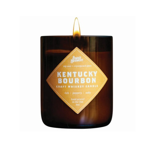This kentucky bourbon candle is a great gift for the guys! #ABlissfulNest