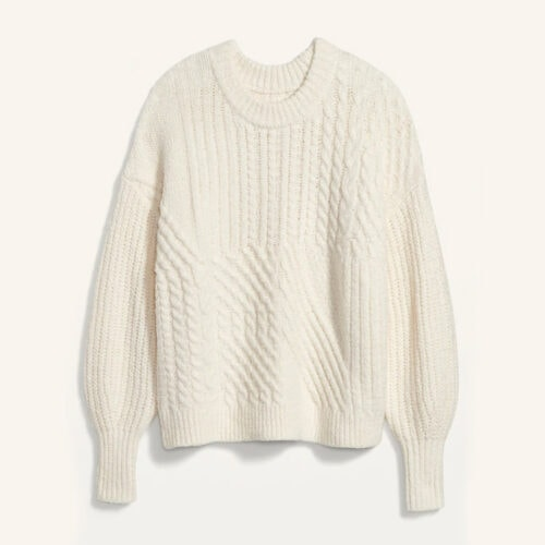 This cableknit sweater is so cozy and perfect for the winter! #ABlissfulNest