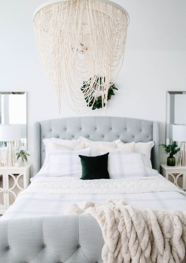 5 Ways to Update Your Bedroom for The Holidays