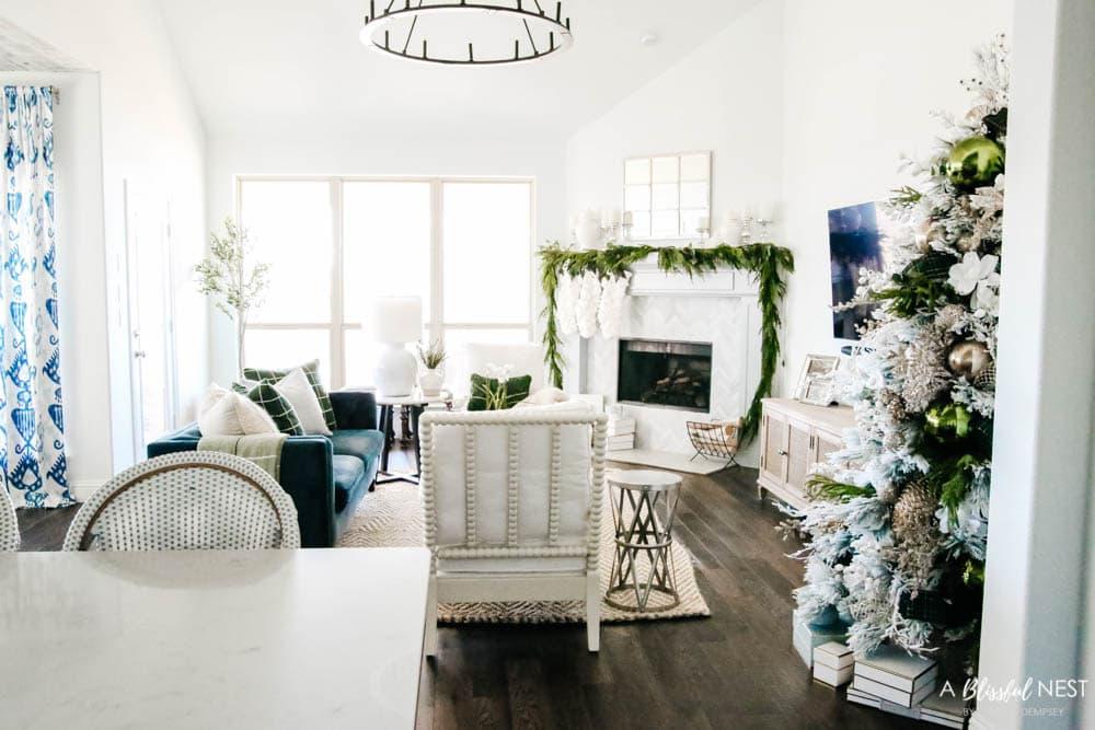 Winter green and white Christmas color scheme. Christmas decorating ideas. #ABlissfulNest #christmasdecor #christmasideas