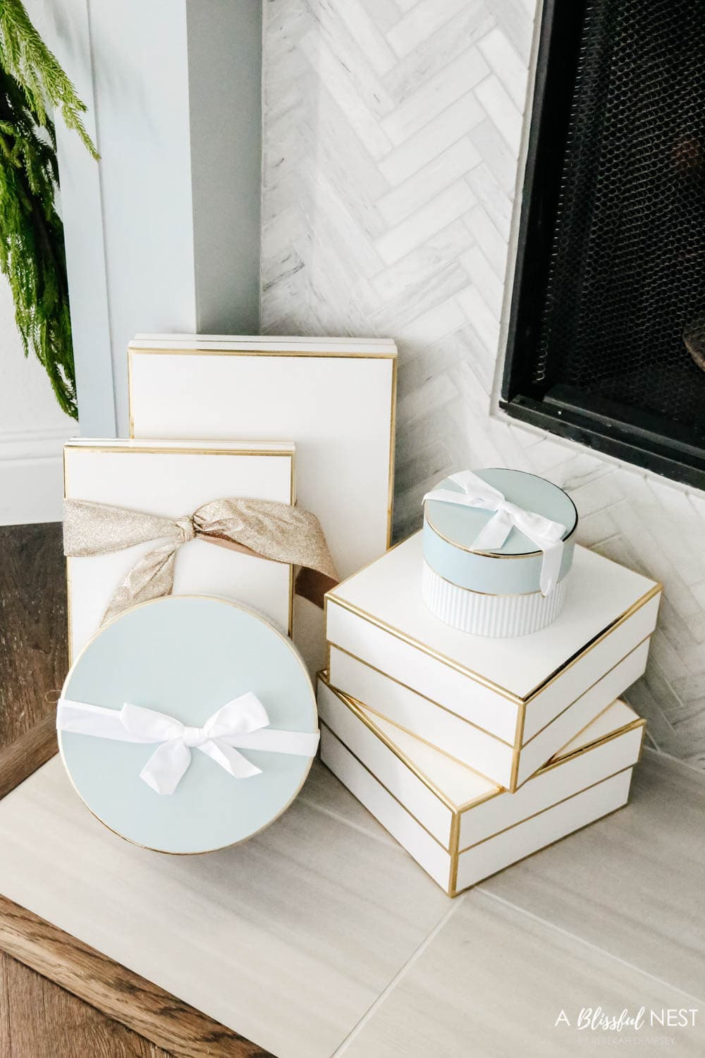 Gift boxes, holiday wrapping ideas, Christmas decor ideas. #ABlissfulNest #christmasdecor #christmasideas