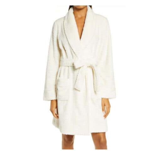 This cozy robe is under $50 and such a great gift idea! #ABlissfulNest