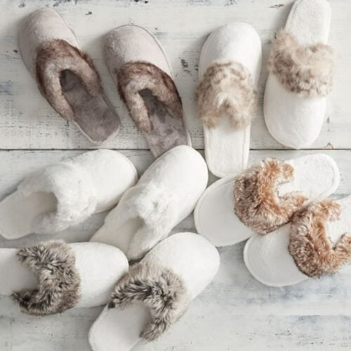These faux fur slippers are so cozy and perfect to gift! #ABlissfulNest