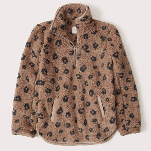 This leopard printed sherpa pullover is so cozy and a perfect gift idea! #ABlissfulNest