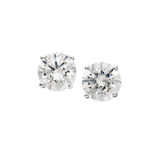 These Swarovski stud earrings are SO stunning! #ABlissfulNest