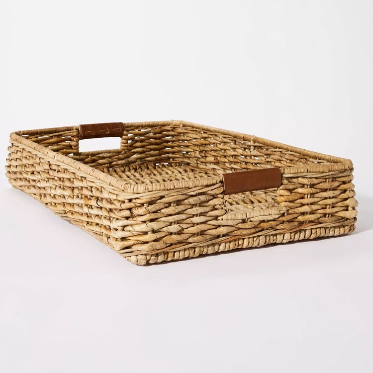 This decorative woven tray is such a fun piece of decor to add to your home! #ABlissfulNest