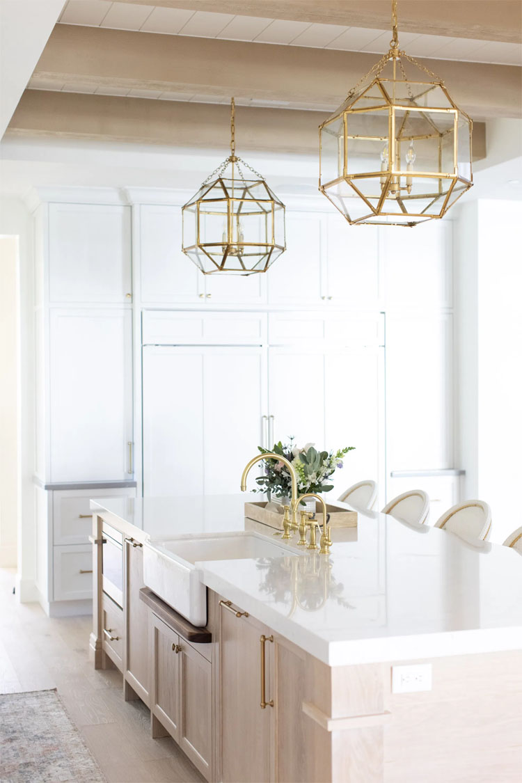 This gorgeous kitchen by E. Interiors Design is such a stunning space!