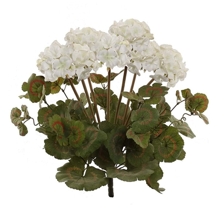 This white faux geranium stems are a perfect decor piece to add to your home this spring! #ABlissfulNest