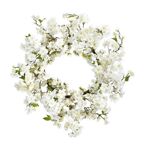 This faux cherry blossom wreath is so perfect for the spring! #ABlissfulNest