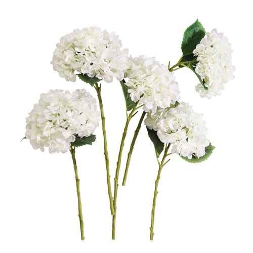 These faux hydrangeas look so realistic and would be beautiful in your kitchen! #ABlissfulNest