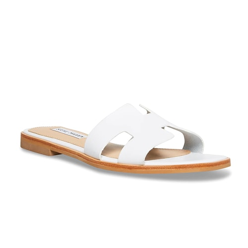 These sandals are an affordable gift you can get mom for Mother's Day that she will love! #ABlissfulNest