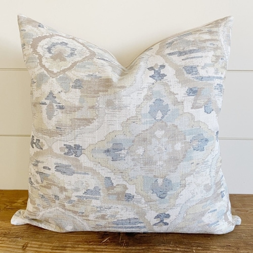 This watercolor printed throw pillow is so stunning! #ABlissfulNest
