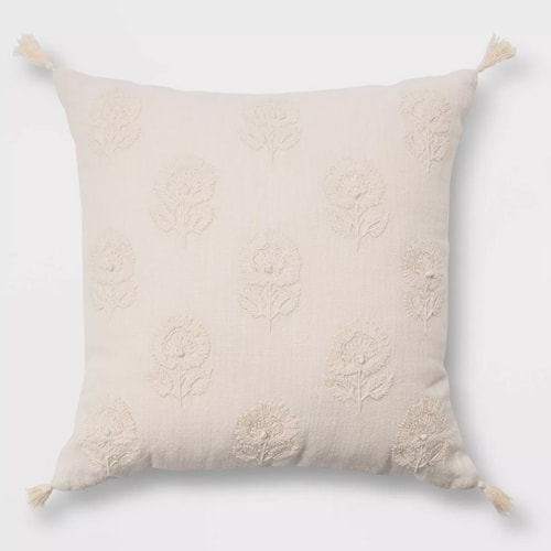This floral embroidered throw pillow is such a gorgeous, neutral addition to your home decor! #ABlissfulNest