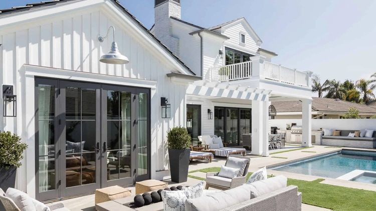 The most gorgeous outdoor living space designed by Mindy Gayer Design!