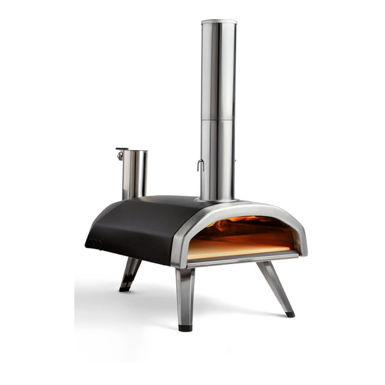 This outdoor pizza oven is such a fun addition to your outdoor living space this summer! #ABlissfulNest