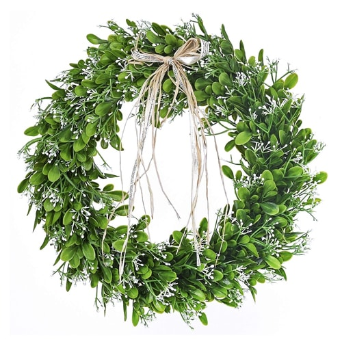 This faux greenery wreath is under $30 and perfect for summer! #ABlissfulNest