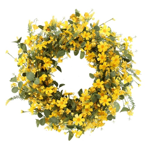 This yellow daisy wreath is a gorgeous, bright wreath that's perfect for summer! #ABlissfulNest