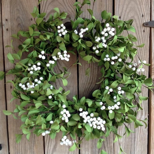 This white berry foliage wreath is a gorgeous summer wreath that you can use year after year! #ABlissfulNest