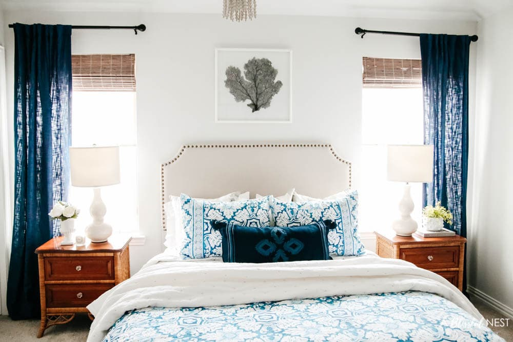 Guest bedroom makeover with tag sale finds from Black Rock Galleries. #ABlissfulNest #ad #bedroomdecor #bedroomideas