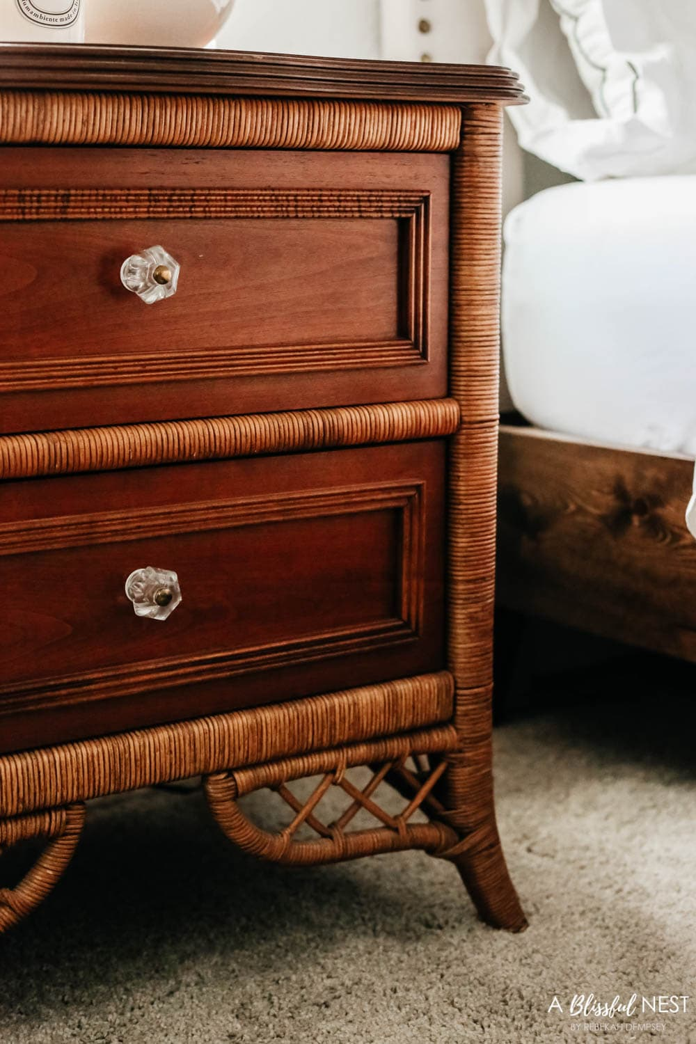 Gorgeous furniture selections from Black Rock Galleries online estate sale auction. #ABlissfulNest #ad #bedroomdecor #bedroomideas