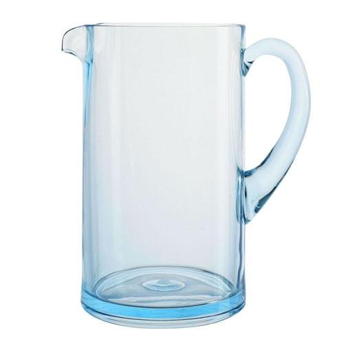 ¡Esta jarra de acrílico azul es perfecta para agregar a su carrito de bar este verano!  #ABlissfulNest