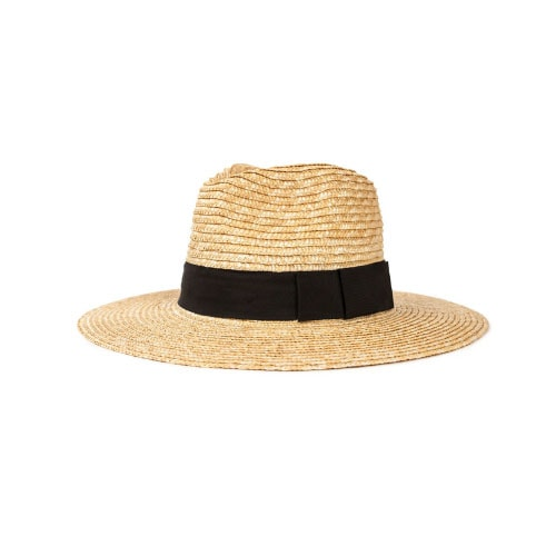 This straw hat is so versatile and a summer must have! #ABlissfulNest