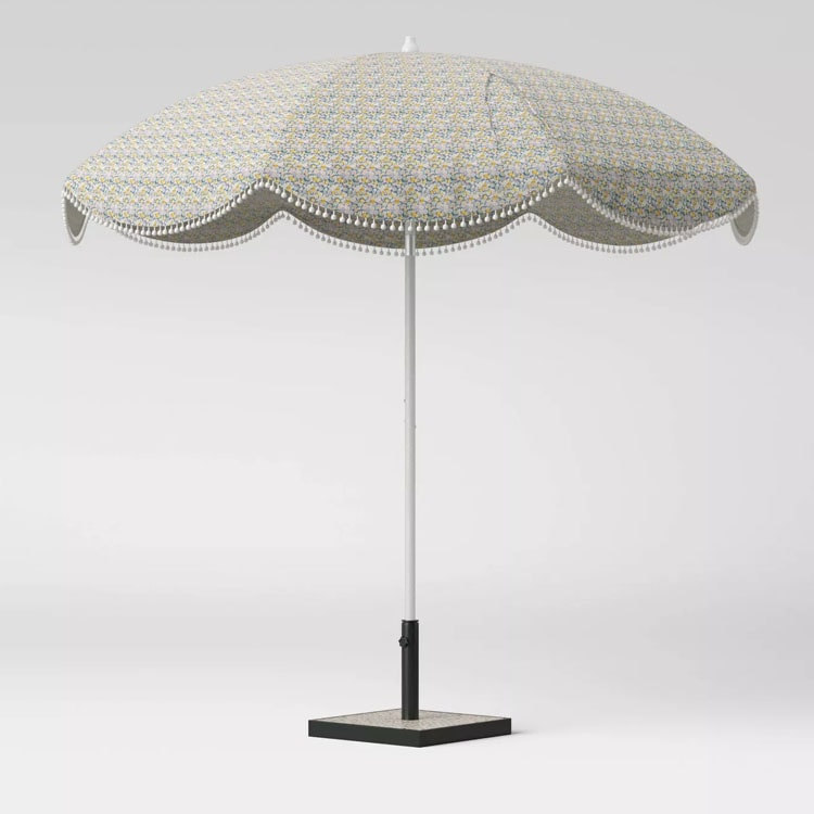 This scalloped floral printed umbrella is a perfect patio addition this summer! #ABlissfulNest