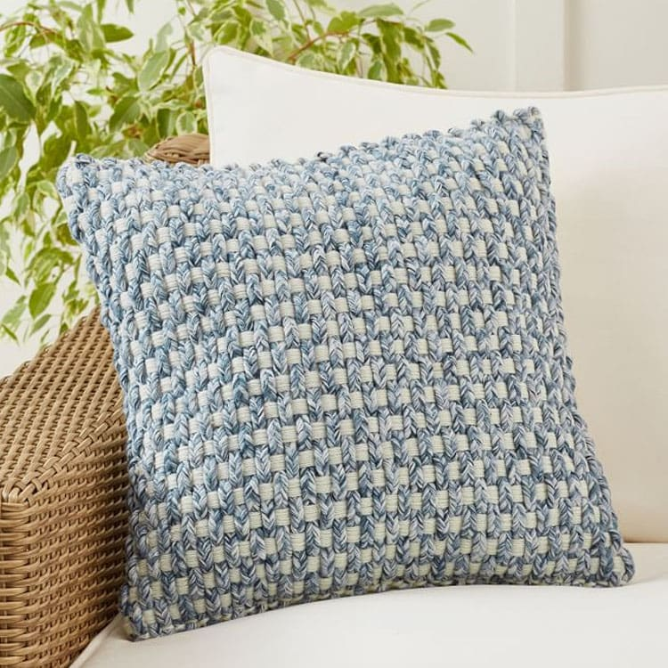 This blue textured throw pillow will look so pretty with your decor inside OR out this summer! #ABlissfulNest
