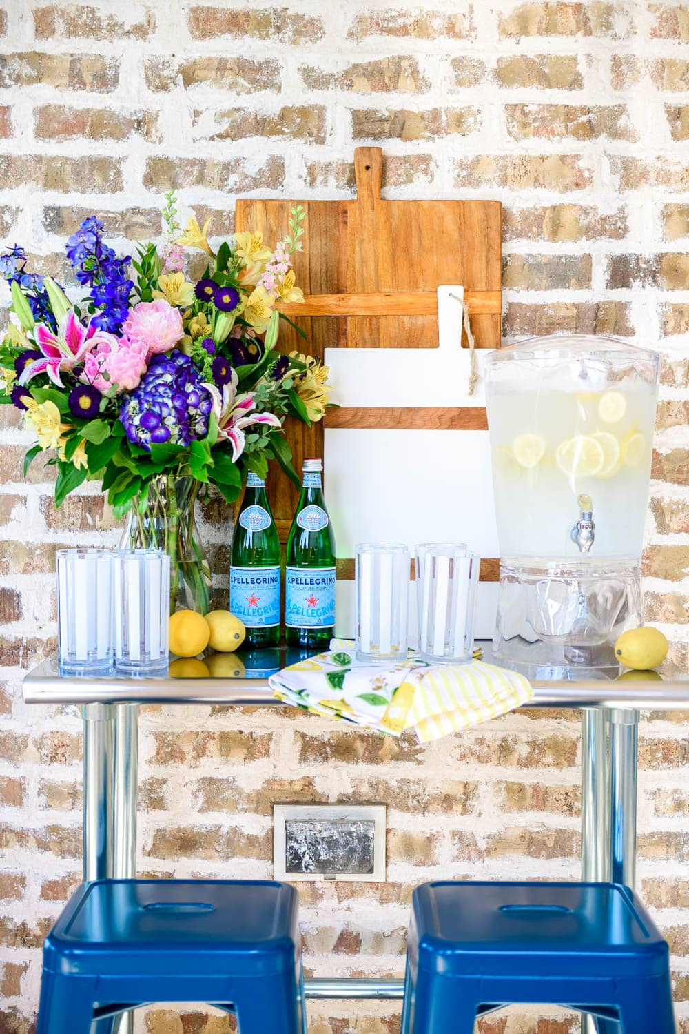 Create a little drink station on an outdoor table for guests. #ABlissfulNest #WalmartHome #ad