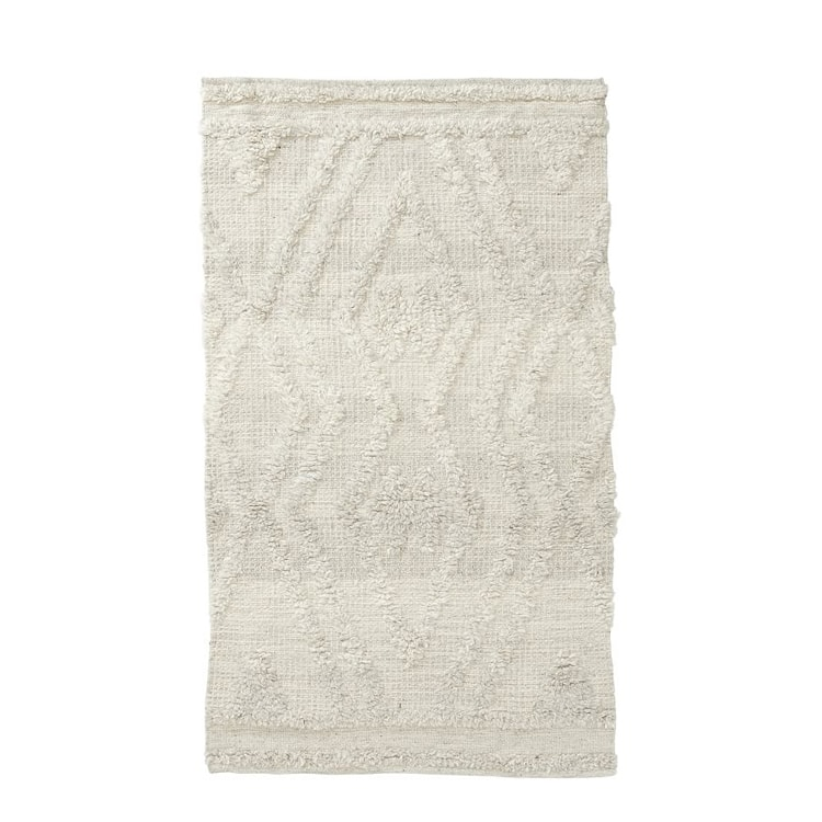 This natural textured rug is a must-have for any room in your home! #ABlissfulNest