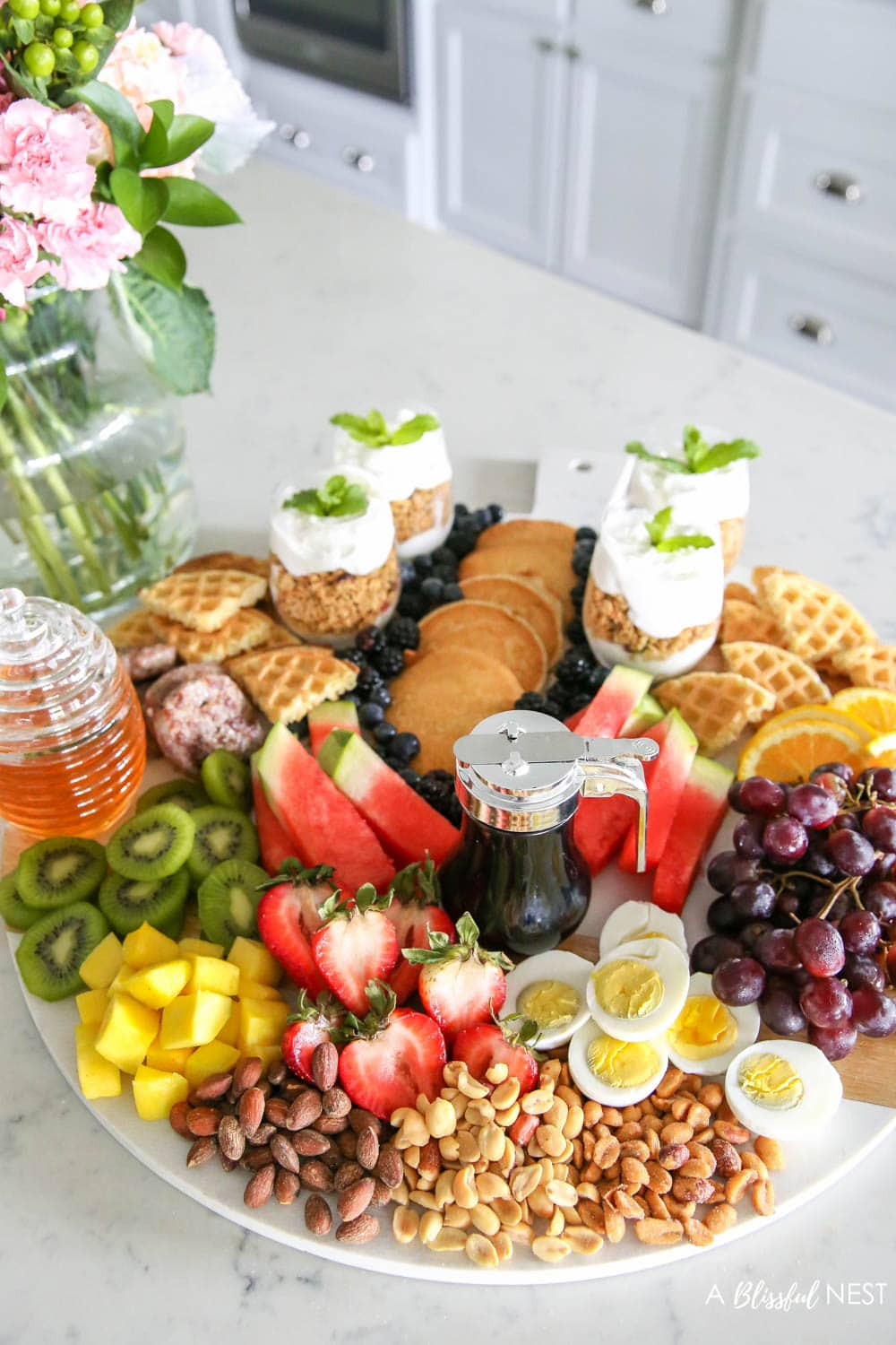 How to Build a Delicious Brunch Charcuterie Board