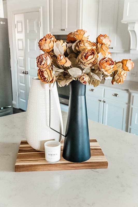 This modern black vase is tall and goes with any decor style. #ShopABlissfulNest #kitchendecor #falldecor