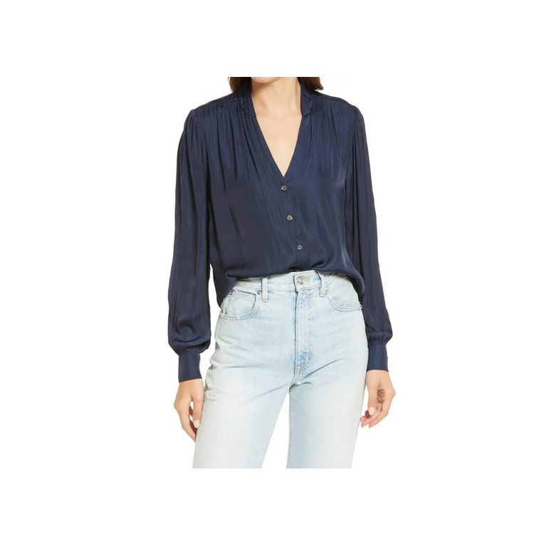 This navy button-front blouse is so cute and perfect for fall! #ABlissfulNest