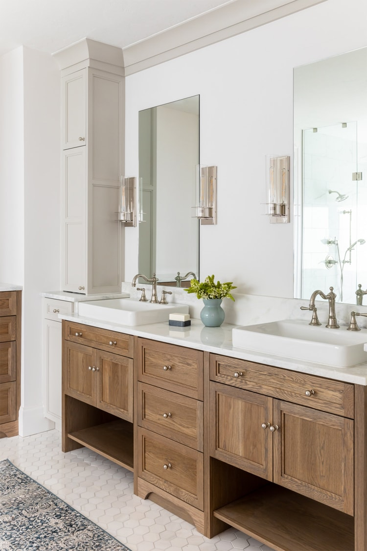 This white and wood bathroom designed by House of Jade Interiors is so beautiful!